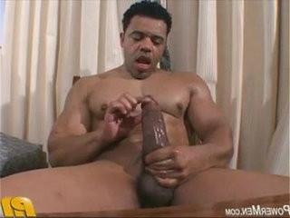 ator porno na punheta | punheta