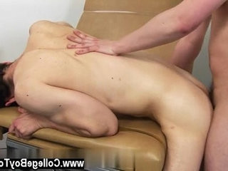 Gay XXX Continuing my evaluation of Dr. James, I had to see if he   gays tube  medical  see twinks