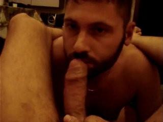 Barbudo servindo macho | bukkake  macho