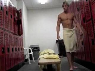 locker room hottie | amateur  locker  room